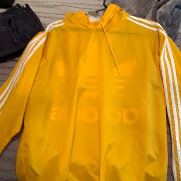 Yellow adidas raincoat/windbreaker 9/10 condition